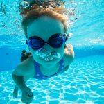 夏の週末はプールに行きたい